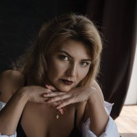 Портрет красивой девушки :: Альбина Хасаншина