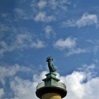 "Монумент ""Башня моряков"" :: Татьяна Ларионова"