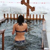 Крещенские купания! :: Валентина  Нефёдова