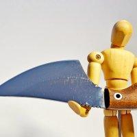 Я нож Вам принес, не Меч. :: Владимир Дмитриев