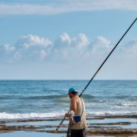 одинокий рыбак :: Andrej V