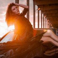 девушка в бликах солнца :: Мария Миронова