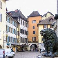фонтан в старом городе Аннси :: Георгий А