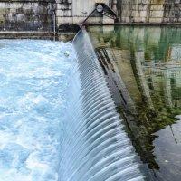 водопад на реке Ле Тью., г. Аннси :: Георгий А