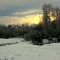 В минуты зимнего заката... :: Нэля Лысенко