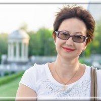 Женский портрет на набережной. :: Павел Лушниченко
