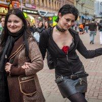Девушки с Арбата :: Николай Галкин