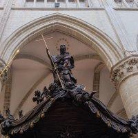 Брюссель. Собор Св. Михаила и Гудулы. Кафедра. :: Надежда Лаптева