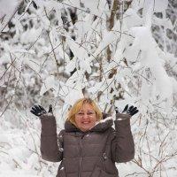 Прогулка в зимнем лесу :: Алексей Сергеев