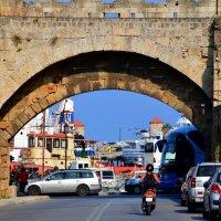 Вид на порт города Родос (Остров Родос, Греция) :: Ольга Русанова (olg-rusanowa2010)
