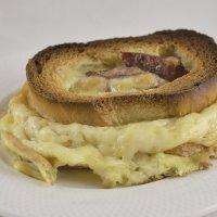 Очень вкусный бутерброд. :: Master
