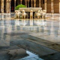 Львиный дворик под дождём. Гранада :: Марина Ножко
