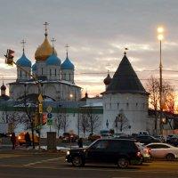 Вечер у Новоспасского монастыря. :: ТаБу