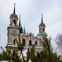 Из-за еелочки церковь в Быково :: jenia77 Миронюк Женя