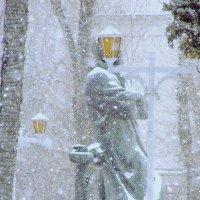 Заметает зима, заметает... :: Сергей Беличев
