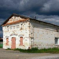 Старинный дом В.Зобнина :: Нэля Лысенко