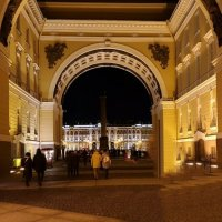 Вечером в Питере :: Сергей Беличев