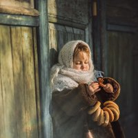 девочка с баранками :: Anastasiya Barashova