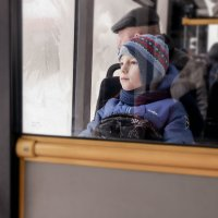 сидишь в автобусе ,мечтаешь )) :: Irina Novikova