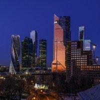 новый рассвет в Москве-Сити :: Георгий А
