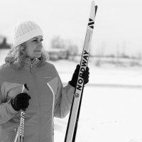 Лыжница :: Радмир Арсеньев