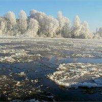 Холодная река :: Геннадий Худолеев