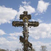 Поклонный крест ( г.Рыбинск ) :: Сергей Поникаров
