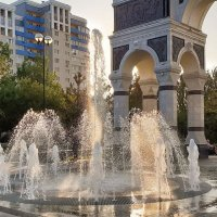 "Астрахань.""Танцующий"" фонтан.Мобильное фото :: Анастасия Богатова"
