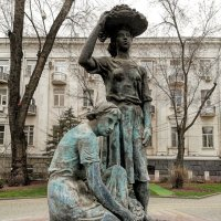 Памятники нашего города :: ValTer :)