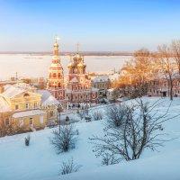 Рождественская церковь в лучах заката :: Юлия Батурина