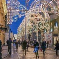 Новогодняя Никольская улица :: Виктор Тараканов