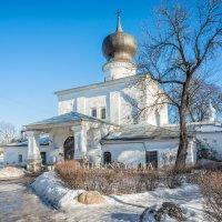 Успенская церковь Пскова :: Юлия Батурина