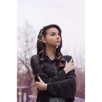 Девушка с голливудской волной :: Ольга Нежикова