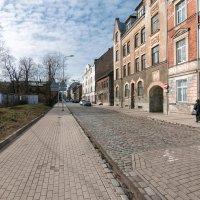 Пустынная улица. :: Геннадий Порохов