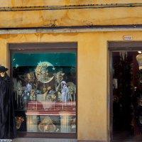 Магазин масок в Венеции. :: Лира Цафф