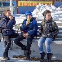 Дружба... дружбой... :: Олег Карташов