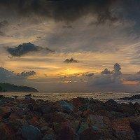 Закат на пляже Мае Хаад, остров Пханган, Таиланд :: Михаил Родионов
