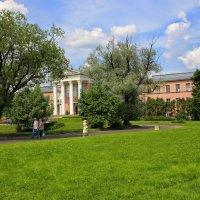 Лабораторный павильон в ботаническом саду :: Игорь Белоногов