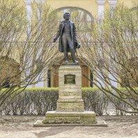 Памятник А. С. Пушкину на набережной Мойки, 12 :: Максим Хрусталев