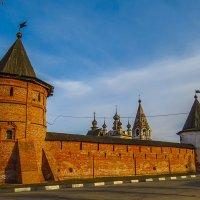 Угловая башня Юрьев-Польского кремля :: Сергей Цветков