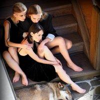 девчонки и пес а точнее волк(!) :: Олег Лукьянов