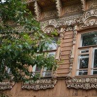 Ставенки резные, окна расписные... :: Галина Кан