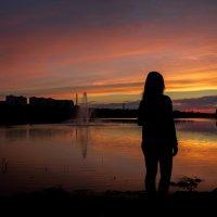 Созерцая закат... :: Сергей
