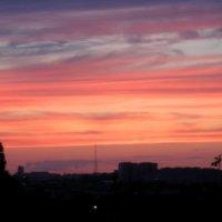 Закат из моего окна :: Алена Кузик