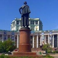 Весенний город :: Наталья Цыганова