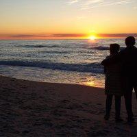 Счастлив тем, что море рядом с нами. Счастлив, что у моря ты со мной. :: Сергей Андриянов