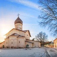 Храм в бывшем Старо-Вознесенском монастыре :: Юлия Батурина