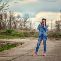 Кто кого перефотографирует... :: Александр