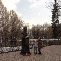 В детском парке им. Ю.Гагарина :: марина ковшова