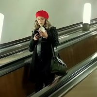 Красная шапочка... :: Елена